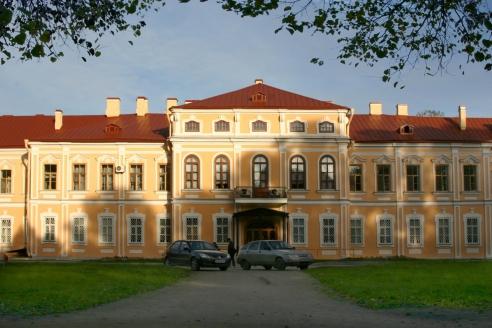 Объект архитектурного комплекса Александро-Невской лавры после реставрации
