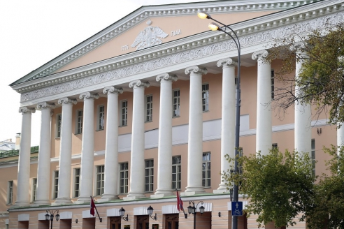 Фасад здания Мосгордумы