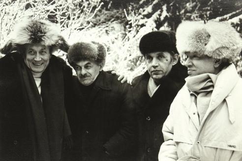 Легендарные поэты-шестидесятники: Евгений Евтушенко, Булат Окуджава, Роберт Рождественский, Андрей Вознесенский. 1980-е гг.