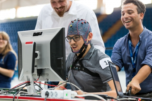 Чемпионат мира для людей с ограниченными возможностями Cybathlon