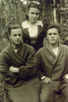 В. Дергачёв в госпитале под Москвой. 1943 г.