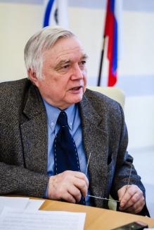 Игорь Александрович Николайчук - старший научный сотрудник Российского института стратегических исследований
